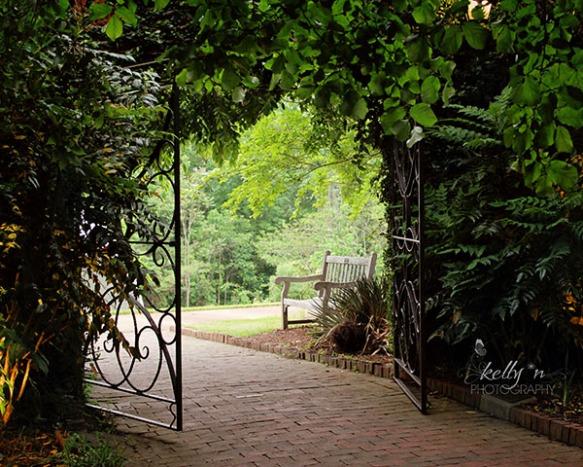 garden gate web